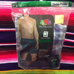 FRUIT OF THE LOOM MENS '  BOXERS 2 PACK XL.